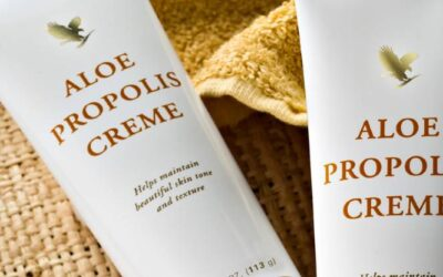 Forever Aloe Propolis Creme Review [5 Benefits & Uses]