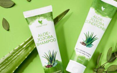 Aloe Jojoba Shampoo Review [Soft & Shiny Hair]